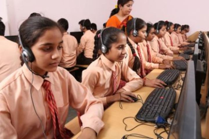 Bihani Childerns Academy-Lab