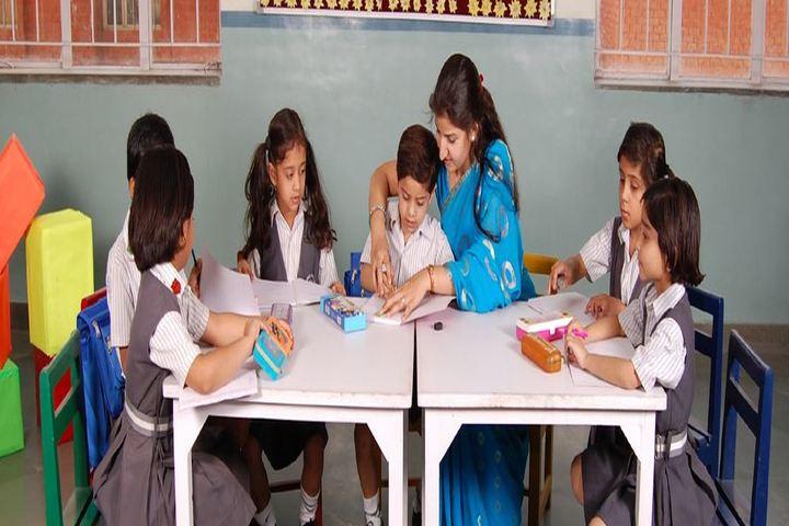 Candlewick Public School-Class Activity