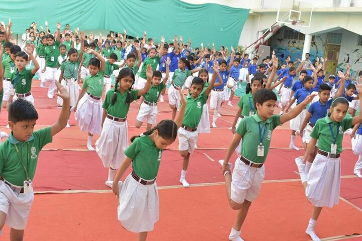 Central Academy School-Yoga