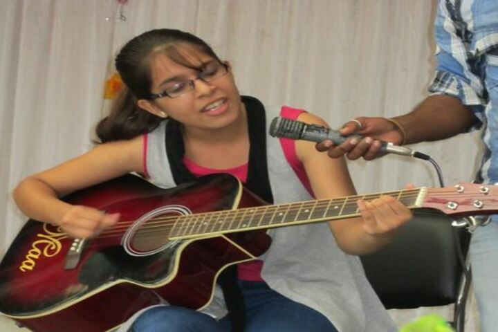 Central Academy Senior Secondary School-Singing