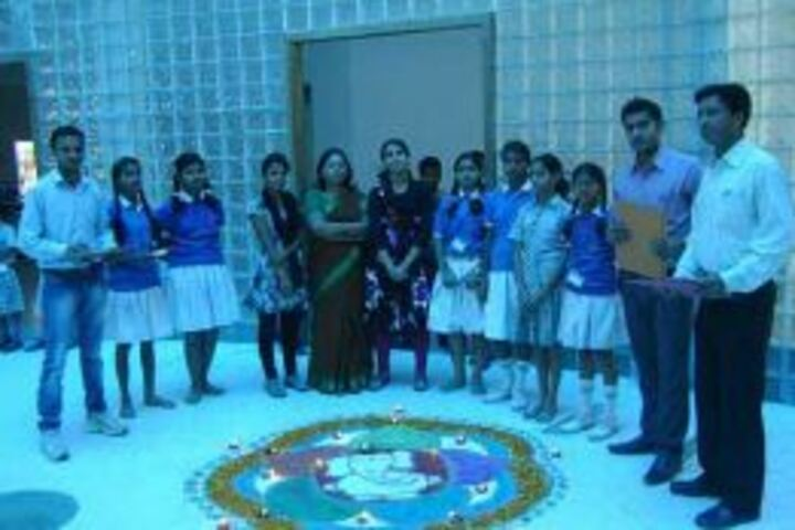 Chitrakoot Public School And Research Centre-Art and Craft