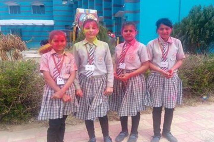 Chitrakoot Public School And Research Centre-Holi Celebrations