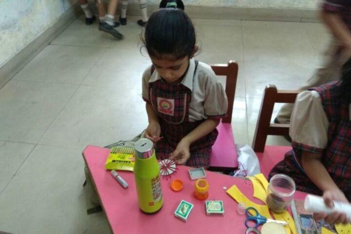 Daffodils World School-Art and Craft
