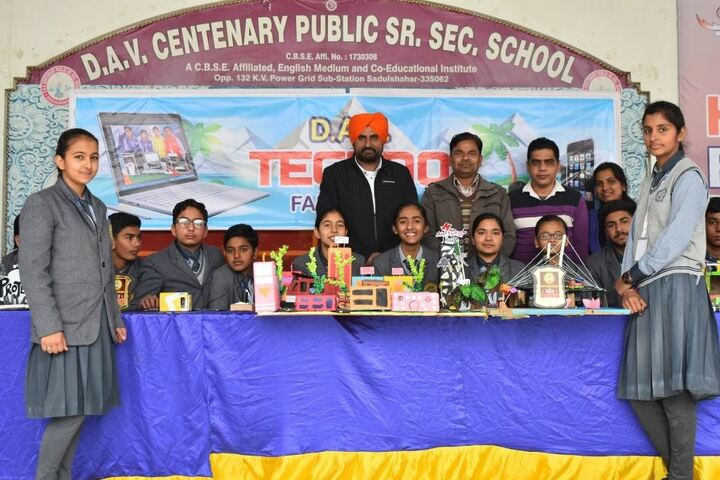Dav Centenary Public School-Techno Fair