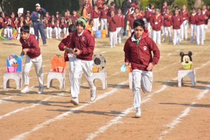 Dav Centenary Public School-Games