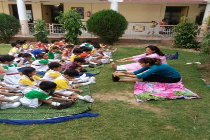Dav Centenary Public School-Yoga Activity