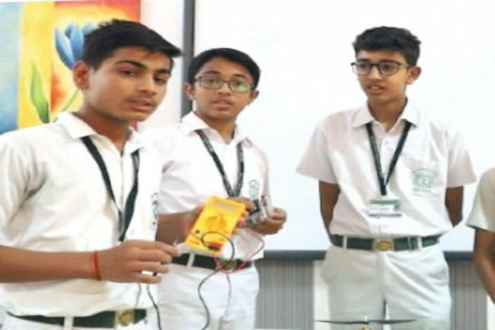 Delhi Public School Bikaner-Lab