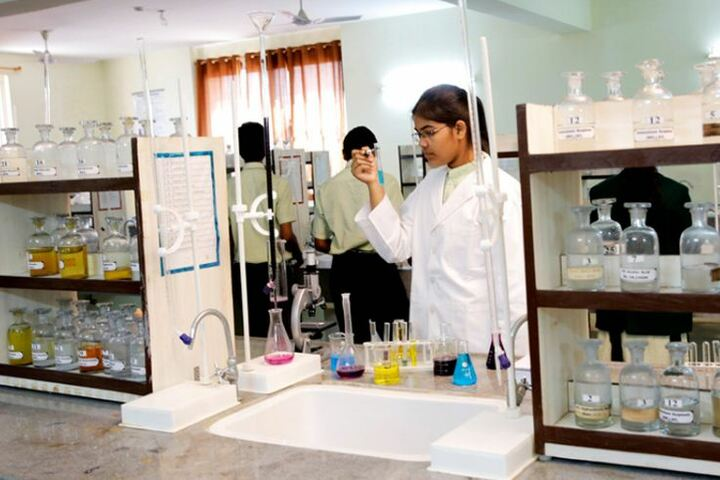 Disha Delphi Public School-Lab