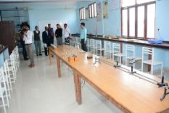 Eklavya International Academy-Physics Lab