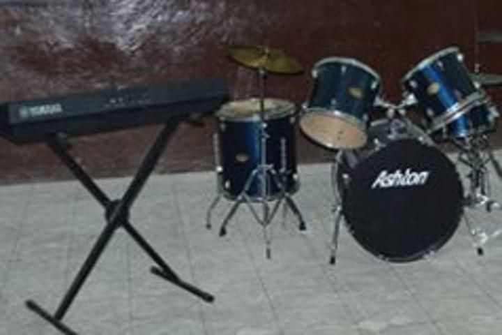 Emmanuel Mission Senior Secondary School-Music