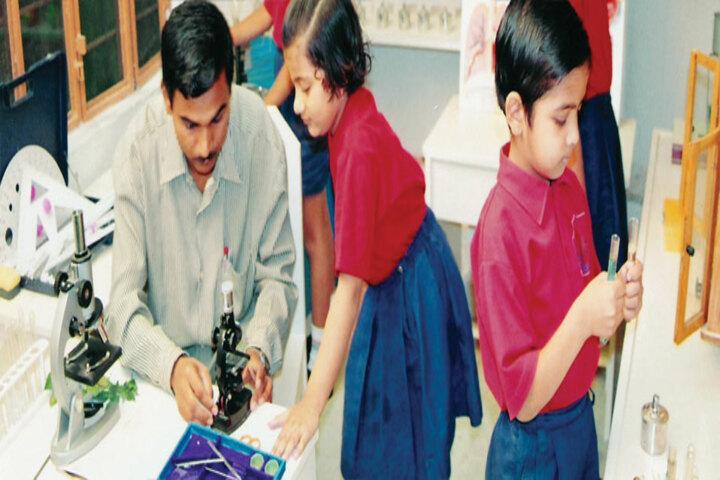 Emmanuel Senior Secondary School- Science lab