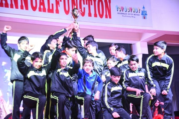 Evolution International School-Prize Distribution