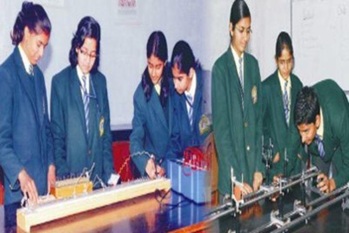 G B Modi Vidya Mandir-Lab
