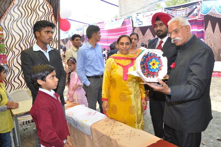 Ganganagar Public School-Art and Craft