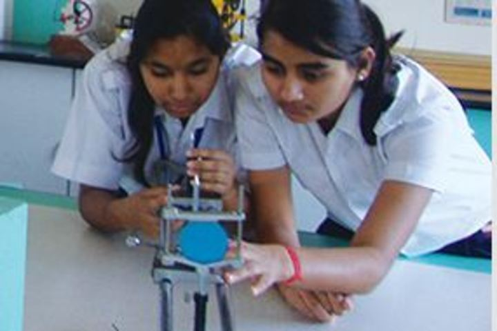 Goenka Public School-Physics Lab