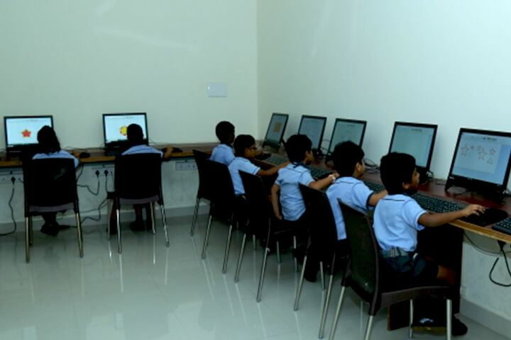 Avenues English Medium High School-Computer Lab
