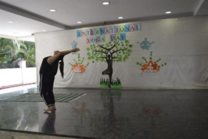 Panbai International School-Yoga Activity