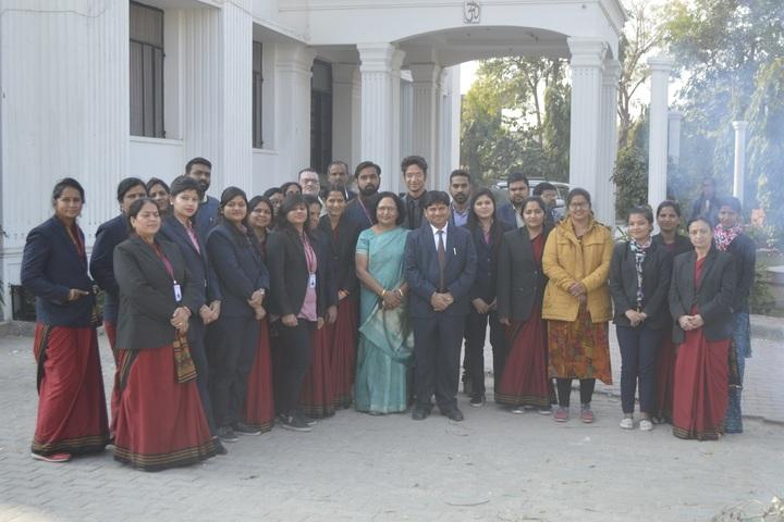 India Overseas School-Staff