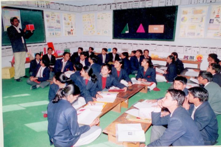 Indo Bharat International School-Maths lab