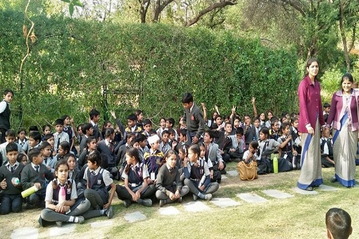 K D Public Senior Secondary School-Tour