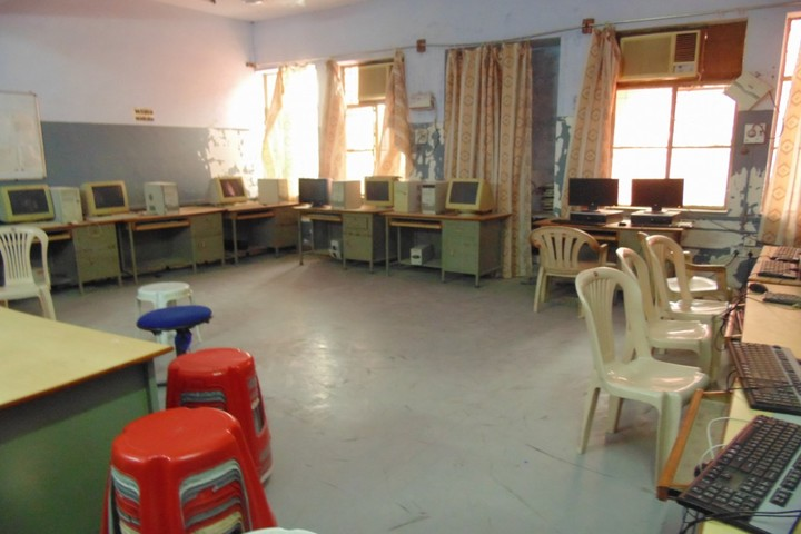 Kendriya Vidyalaya No 2-Computer Lab