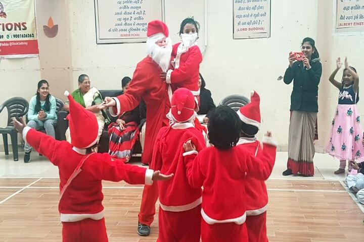 Lal Bahadur Shastri Senior Secondary School-Christmas Celebrations
