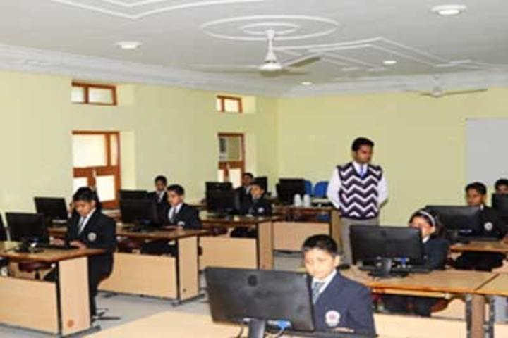 Lala Kamlapat Singhania Education Centre-Computer Lab