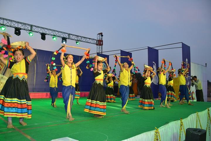 Little Flower School-Group dances