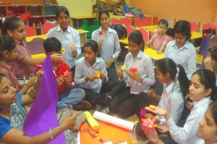Lords International School-Arts and Crafts