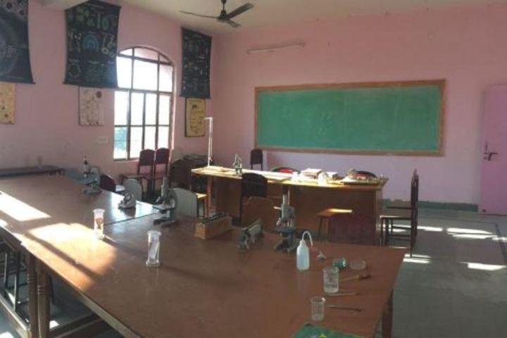 Lords International School-Science Lab