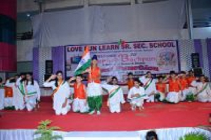 Love Fun Learn School-Independences day