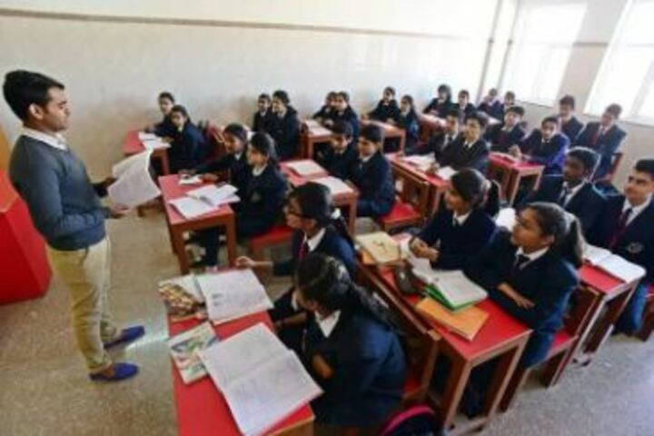 Lyall Public School-Classroom