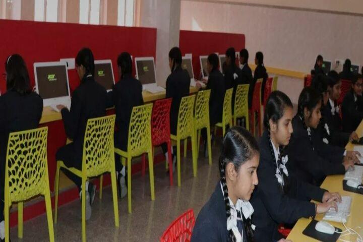 Lyall Public School-IT Lab