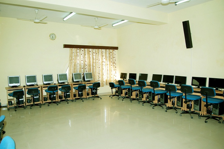 M S M Senior Secondary School-Computer Lab