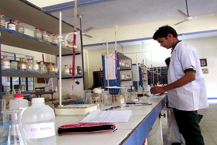 Mahaveer Public School-Chemsitry Lab