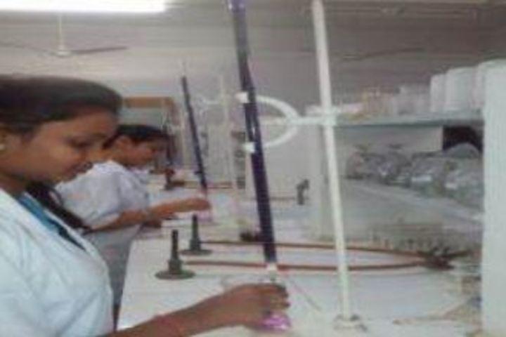 Mahila Ashram Public School-Lab