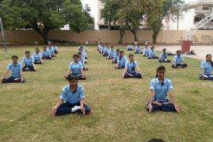 Mahila Ashram Public School-Yoga