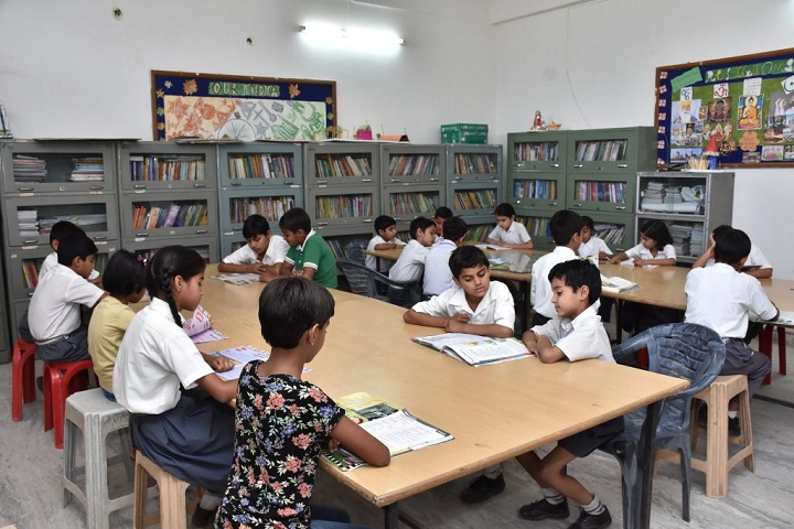 Mahrishi Dayanand Public School-Library