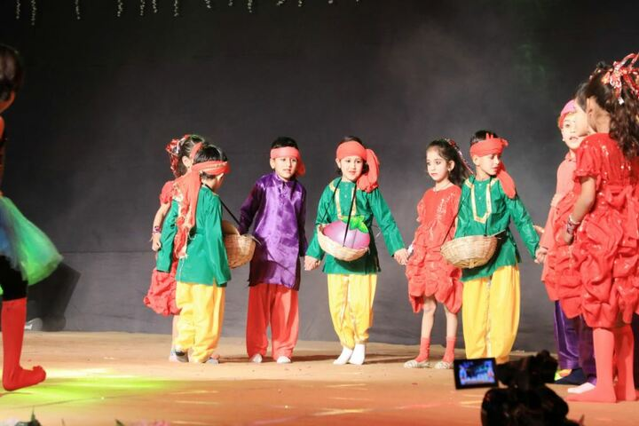 Mascot The School-Traditional Drama
