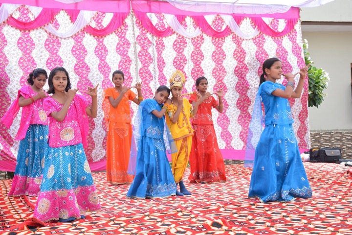 Master Meer Singh Memorial School-Dances