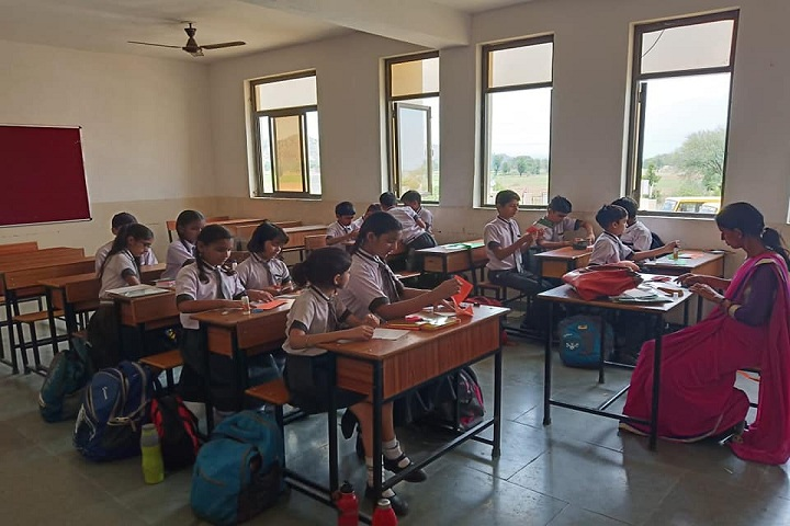 Maxford International School-Classrooms