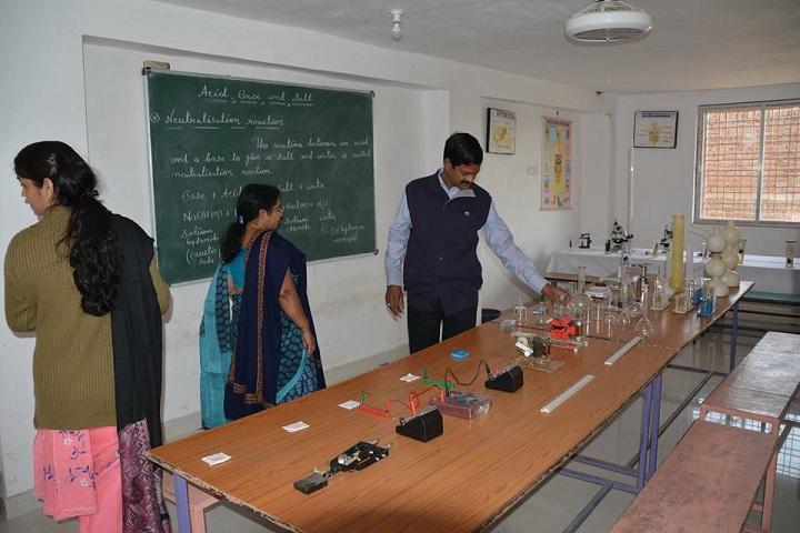 Maxfort Education School -Labs