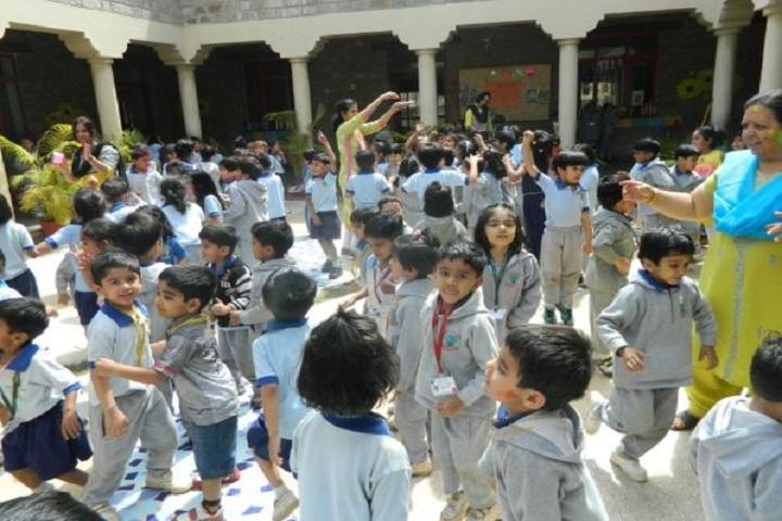 Mayoor School-Holi celebrations
