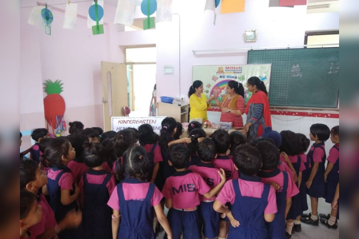 Mittal International School- Health and Hygenic Practice Activity