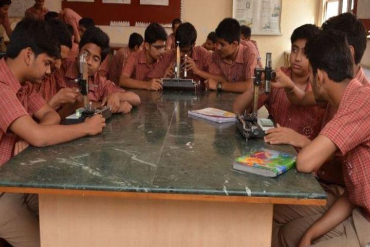 Modern Public School-Lab