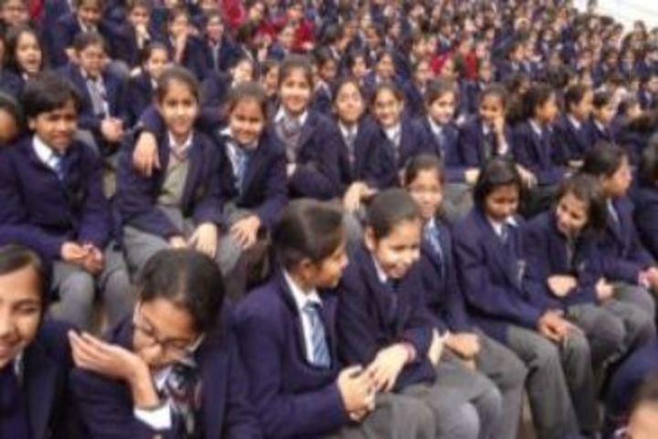 Modern Public School-Students