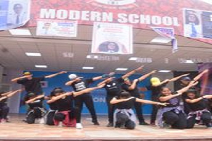 Modern School-Dances
