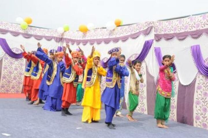 N D Ganga School-Dance
