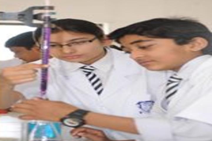 Nalanda Academy-Chemistry lab