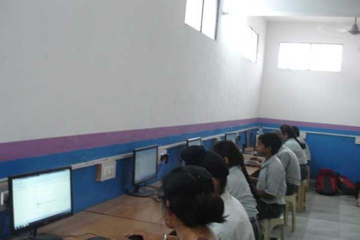 National Academy Day Boarding English-Computer Lab